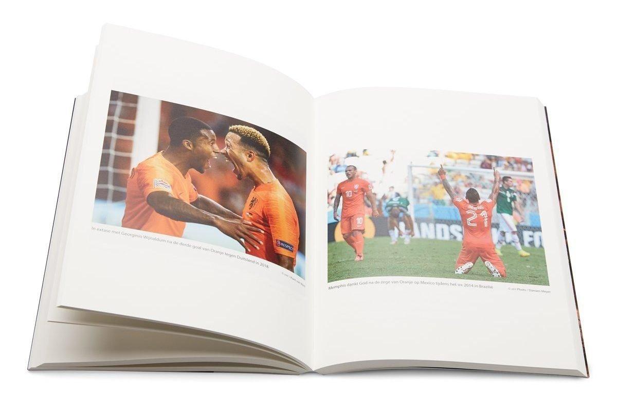 Dit zijn de beste voetbalboeken en biografieën van dit moment